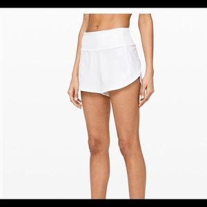 Lululemon Speed Up MR White Shorts